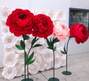 Декоративные цветы из бумаги