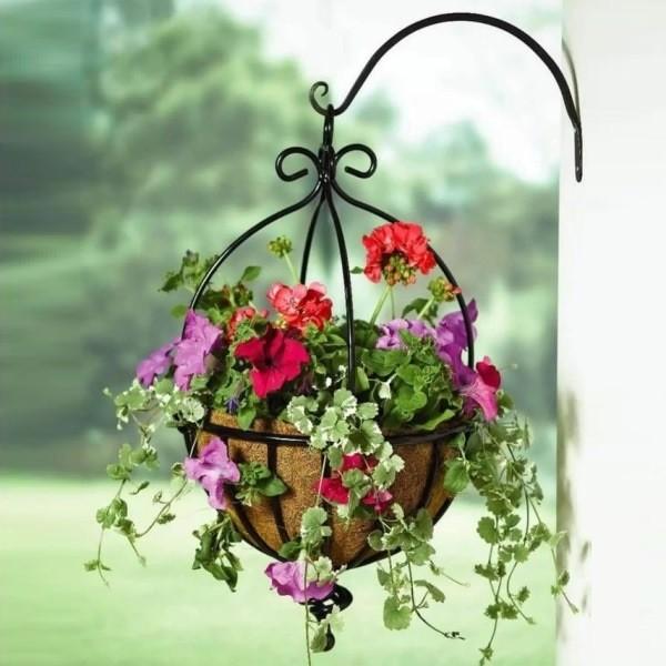 Подвесное кашпо для сада своими руками