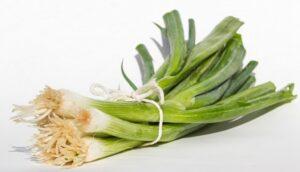 Едим полезное из кладовой - суп из лука-порея 2