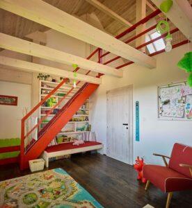 Отделка мансарды гипсокартоном: обшивка потолка и стен