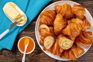 Рецепт сливочных круассанов - испеките на завтрак