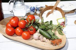 Ингредиенты для салата с мятой и сиропом