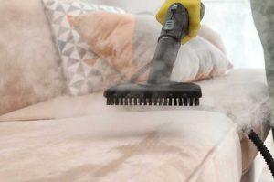 Как удалить пятна с мягкой мебели