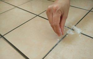 Очистка плитки и швов пищевой содой