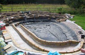 Строительство садового пруда - этапы и материалы