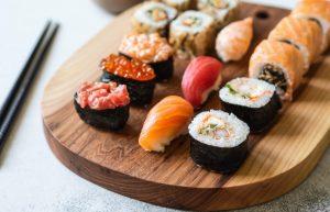 Суши предпочтительнее на обед