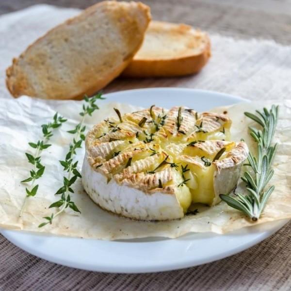 Жареный сыр на гриле - какие сорта сыра подходят